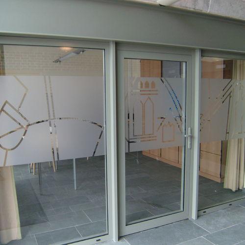 Dovy Keukens Hoofdkantoor : Glasfolie Raamfolie Glasfolies Raamfolies Brussel Brussels
