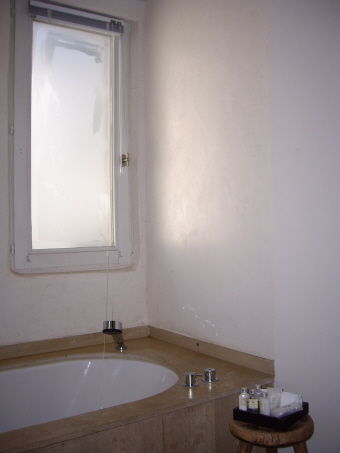 Hotel Julien - Antwerpen : zandstraalfolie op badkamers | Media Noord
